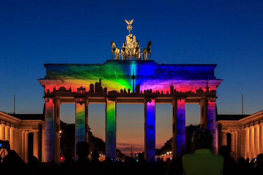 BrandenburgerTor - Skyline - 2013