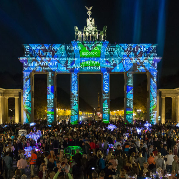 Brandenburger Tor Language of Love Art Collective